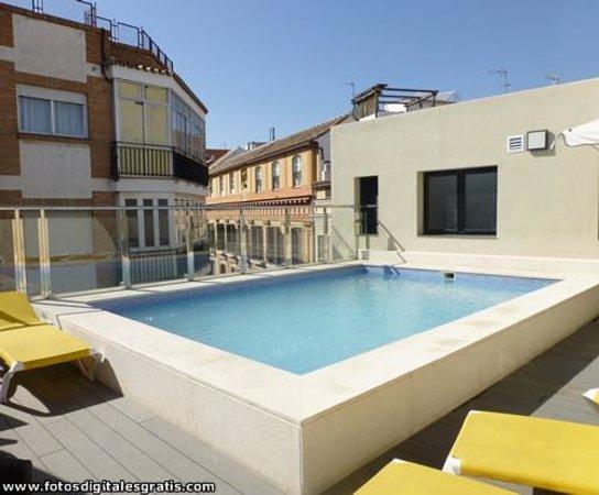 Exe Malaga Museos: Piscina Hotel Itaca Málaga Capital