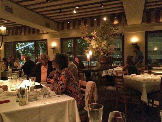 Oliveto Cafe And Restaurant Dining Room