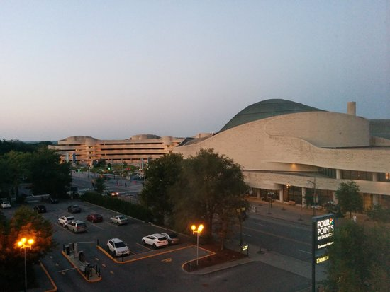 Four Points by Sheraton & Conference Centre Gatineau-Ottawa: Blick vom Hotelzimmer