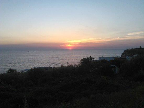Casa del Sole: tramonto dalla camera