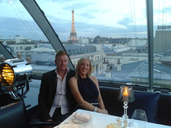 view from the rooftop restaurant picture of the peninsula paris paris tripadvisor. Black Bedroom Furniture Sets. Home Design Ideas