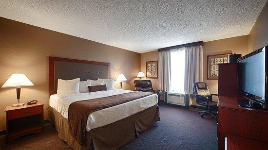 Baymont Inn & Suites Mandan Bismarck Area: Guest Room