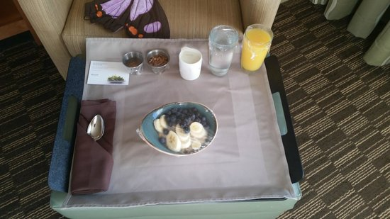 The Westin Westminster: Breakfast delivered at 7am per request (oatmeal).