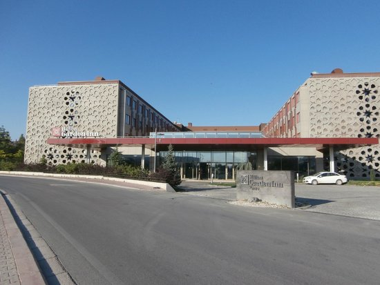 Hilton Garden Inn Konya: Frente do hotel