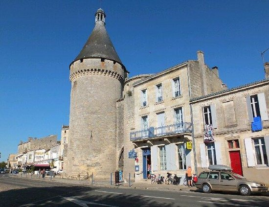 La Tour du Vieux Port : The hotel and the tower that gives it its name
