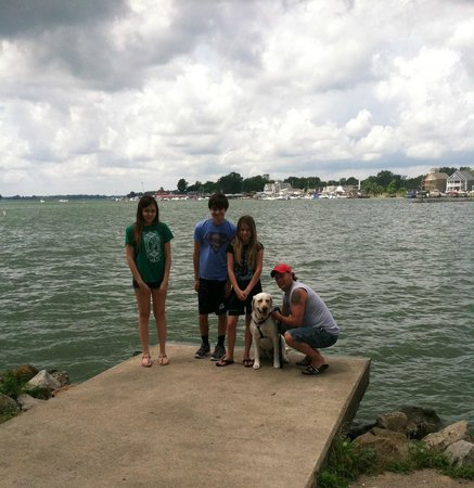 Buckeye Lake, OH: Gorgeous views.  Clean and very dog-friendly!