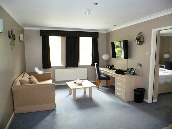The Avenue Hotel at Brockhall : Lounge areaThomas Suite