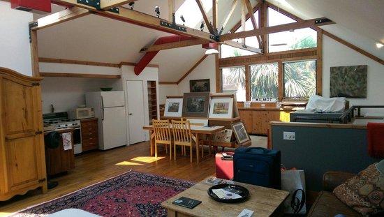 Artists Inn: Studio room