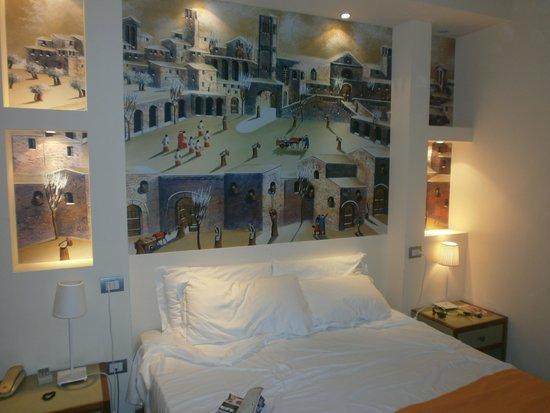 Hotel Le Grazie: Uno dei due letti matrimoniali