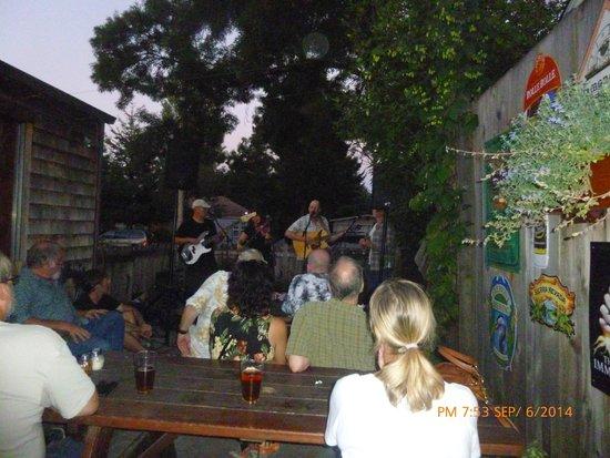 great bluegrass at Fiddler's Inn