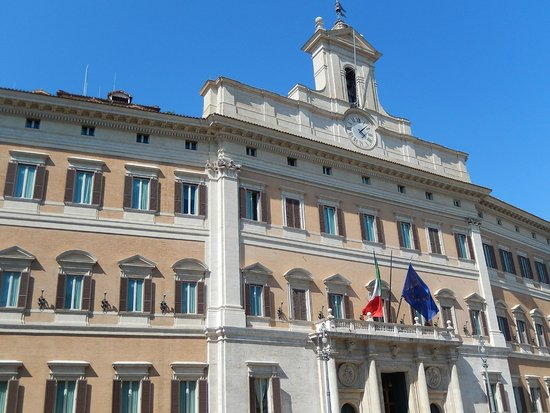 Monte citorio palazzo del parlamento 1 foto di for Sede parlamento roma