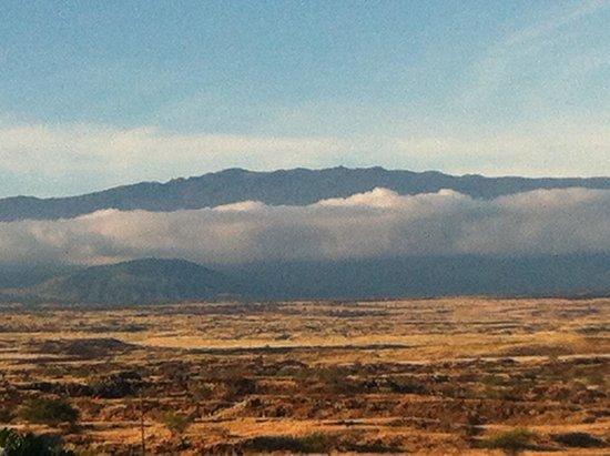Paniolo Greens Resort: Mauna Kea morning from Waikoloa