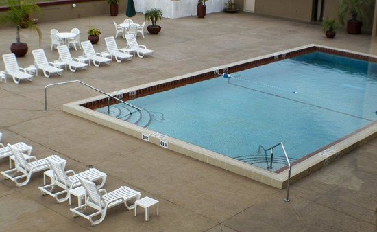 Holiday Inn Gainesville University Center: Poolview Rooms