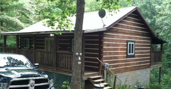 Comfort in the Woods Cabins: Comfort One in the Woods  - Logan Ohio