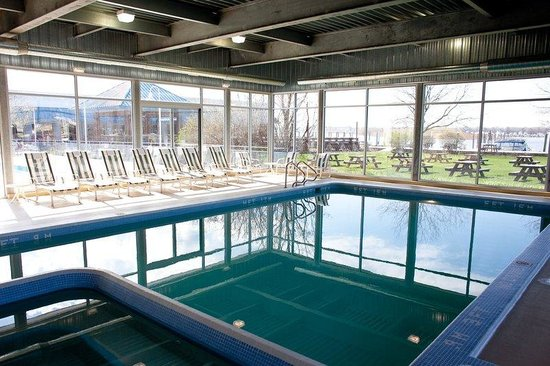 Holiday Inn Grand Haven - Spring Lake: Relax in our indoor heated swimming pool with whirlpool