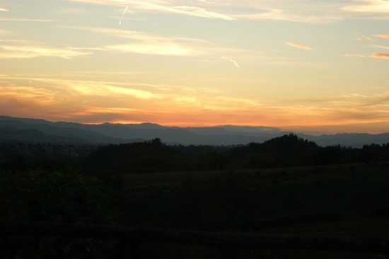Il Caldetino : View over the Tuscan hills from our dinner table.