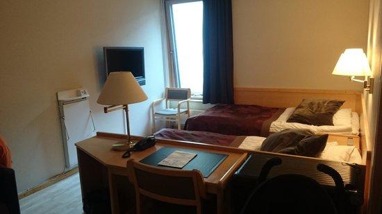 Centro Hotel Turku : Our room