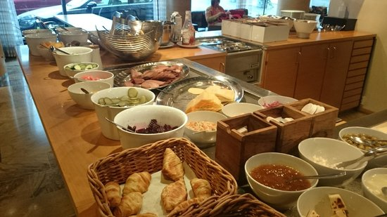 Centro Hotel Turku : Breakfast: Fruits, ham, cheese, pickles, breads...