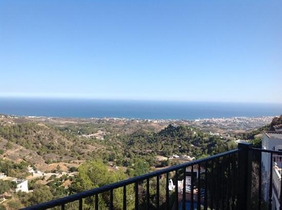 Mijascasa Villa La Jamisa: View from Balcony