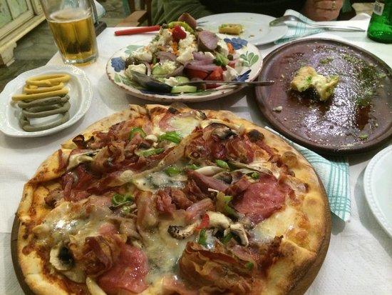 Maria's Pizza: Super food