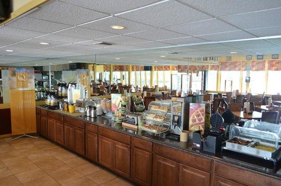 Quality Inn & Suites Riverfront: Q Corner Cafe