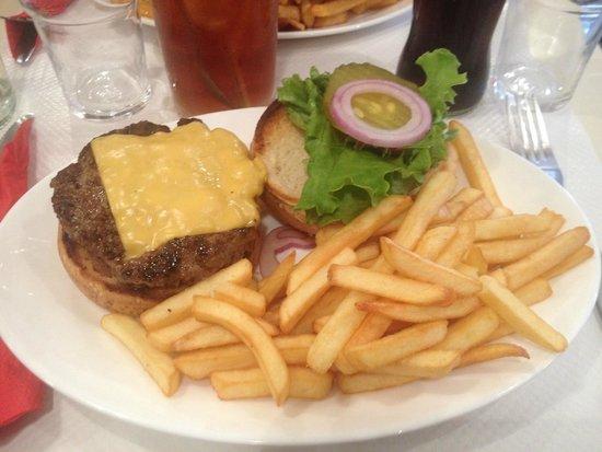 Breakfast in America : Cheesburger