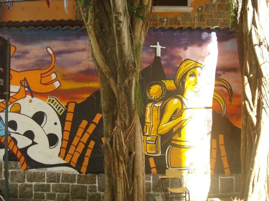 Bamboo Rio Hostel: Frente del hostel