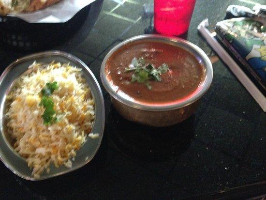Taj: Lamb mango curry with cheese