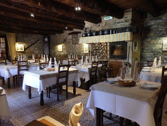 Logis Auberge La Diege : la salle à manger