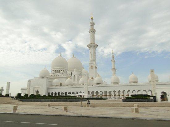 Sheraton Abu Dhabi Hotel & Resort: Sheikh Zayed Grand Mosque in Abu Dhabi