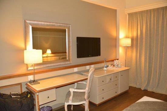 Alasia Hotel: Room