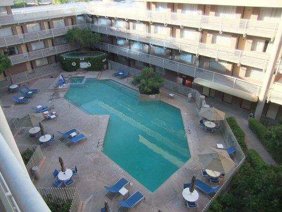 swimming pool picture of doubletree suites by hilton hotel phoenix phoenix tripadvisor