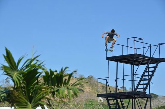 Surf Ranch AirPad Drop : kickflip into the bag