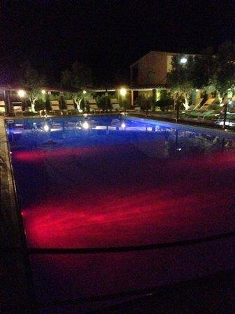 هوتل لو زاجار: piscina le zagare