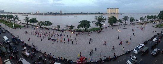 Le Grand Mekong : View from the Third Floor Room of Hotel