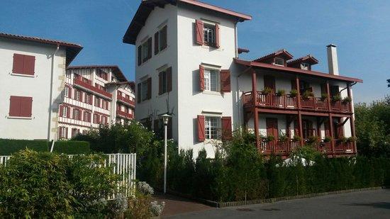 Villa Catarie Hotel: Vue depuis parking privé