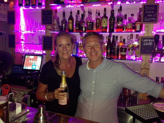 Aventura Bar : The most friendly bar in Salema