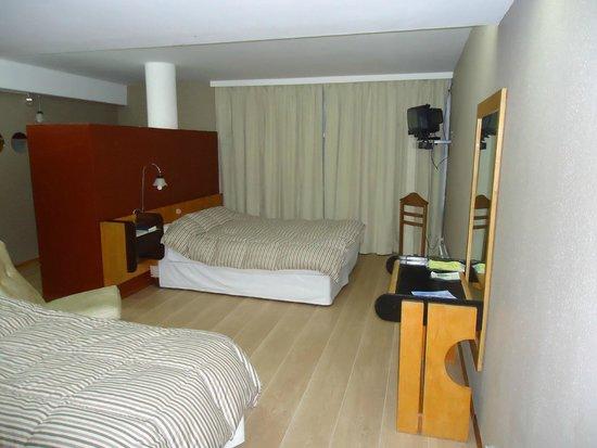 Hotel Tehuelche: Habitación Single, Doble, Triple Suite Matrimonial