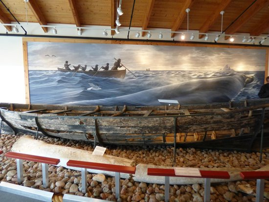 Red Bay National Historic Site: attempting to harpoon a whale & a model of their boat