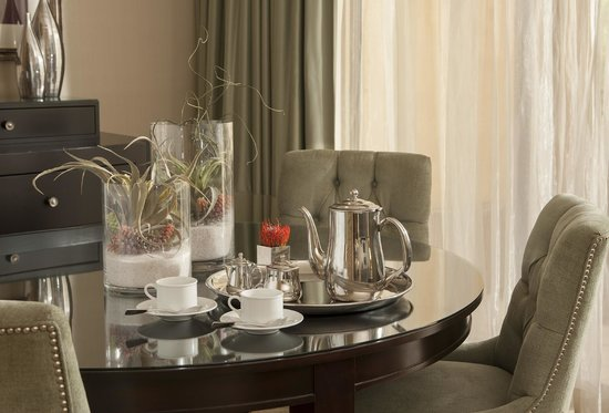 The Canyon Suites at The Phoenician: Daily Coffee or Tea Service to your guestroom