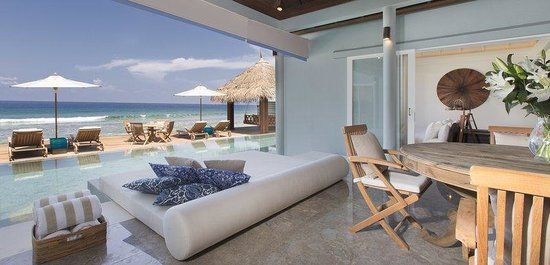 Naladhu Private Island Maldives: Residence Relaxation Area Breezeway And Twin Bedro