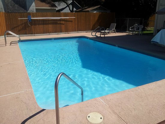 جيمزتاون رايلتاون موتل: Pool