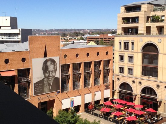 Michelangelo Hotel : View of Mandela Square from Room Balcony