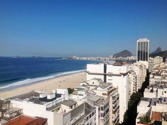 Golden Tulip Rio Leme: View from the roof of Copacabana Beach