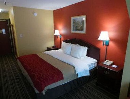 Holiday Inn Express Suites Cordele