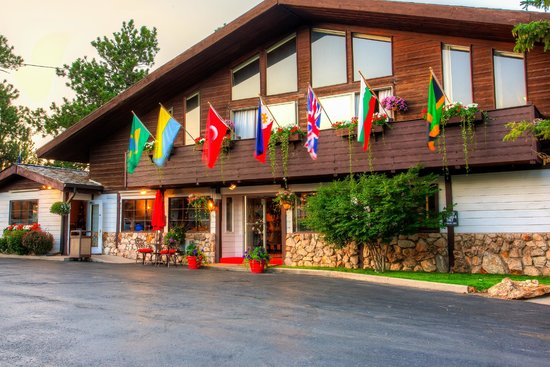 Bavarian Inn, Black Hills: Flowers and Flags Welcome Guests of the Bavarian Inn
