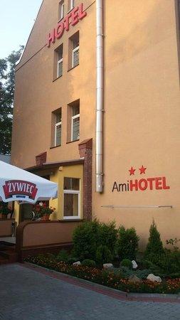Ami Hotel : facciata