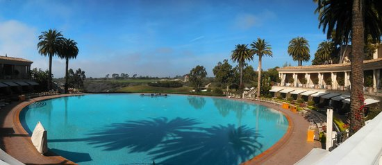 Newport Beach Restaurants with ... - Coliseum Pool & Grill