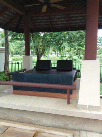 Angsana Villas Resort Phuket: Pool area