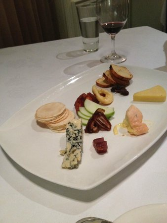 Terrace Restaurant: Cheese platter with drooling washed rind (half eaten)